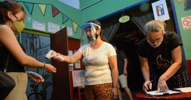 La Fiesta del Teatro se inició con cupos reducidos pero la misma pasión